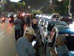 deretan-taksi-di-jalan-dewi-sartika-yang-terlibat-kecelakaan-beruntun.jpg