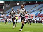 edinson-cavani-mencetak-gol-ketiga-manchester-united-dalam-kemenangan-3-1.jpg