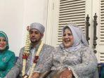 elvy-sukaesih-menemani-putrinya-dhawiya-zaida-yang-menikah-dengan-muhammad.jpg
