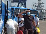 evakuasi-abk-mv-costa-mediterrania-di-dermaga-jict-ii-pelabuhan-tanjung-priok.jpg