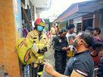 evakuasi-kebakaran-rumah-dua-lantai.jpg