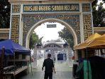 gerbang-masjid-sunda-kelapa_20180521_115940.jpg