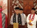 gubernur-dki-jakarta-anies-baswedan-saat-mengumkan-besaran-ump-dki-jakarta-2020.jpg
