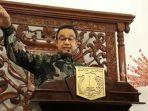 gubernur-dki-jakarta-anies-baswesan-di-balai-kota-dki-jakarta-jumat-7122018.jpg