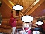 ilustrasi-pemandu-karaoke.jpg