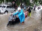 jalan-ir-h-juanda-banjir-rabu-112020.jpg