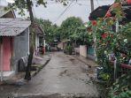 jalan-menuju-rumah-produksi-kosmetik-ilegal-di-kawasan-jatijajar-i-tapos-kota-depok.jpg