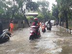 jalan-suprapto-suparno-makasar-jakarta-timur-terendam-banjir-hingga-30-cm.jpg