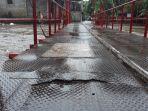 jembatan-merah-jakarta-timur.jpg