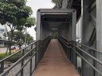 jembatan-penyeberangan-orang-jpo-bundaran-senayan-jakarta-pusat.jpg