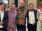 juri-indonesian-idol-berfoto-anang-ari-lasso-ahmad-dhani-judika-maia-estianty.jpg
