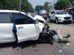 kecelakaan-hebat-terjadi-di-jalan-raya-taman-makam.jpg