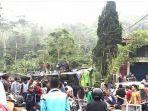 kecelakaan-maut-di-turunan-palasari-kabupaten-subang.jpg