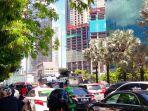 kemacetan-arus-lalu-lintas-di-jalan-mh-thamrin.jpg