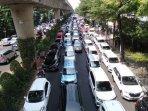 kemacetan-di-depan-kantor-gojek-melawai.jpg