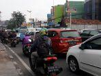 kemacetan-di-jalan-dewi-sartika-kramat-jati.jpg