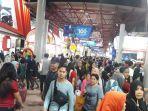 kepadatan-pengunjung-di-hari-terakhir-jakarta-fair-kemayoran-2019.jpg