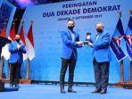 ketua-umum-partai-demokrat-agus-harimurti-yudhoyono-ahy-beri-penghargaan.jpg