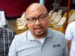 komisioner-kpu-republik-indonesia-ri-ilham-saputra-selepas-memantau.jpg