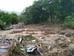 kondisi-banjir-bandang-di-waiwerang-adonara-timur-syafika-lamawuran-untuk-pos-kupang.jpg