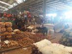 kondisi-di-pasar-induk-kramat-jati-jakarta-timur-selasa-1162019.jpg