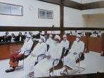lima-eks-petinggi-front-pembela-islam-fpi-dituntut-15-tahun.jpg