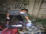 mayat-bayi-di-tps-sampah.jpg