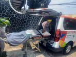 mobil-ambulans-dan-mobil-jenazah-senin-12102020.jpg