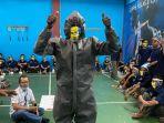 narapidana-lapas-klas-i-cipinang-saat-mengikuti-program-pelatihan-keterampilan-1.jpg