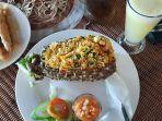 nasi-goreng-nanas-menu-rekomendasi-dari-the2n-resto.jpg