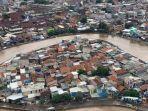 pantuan-dai-udara-banjir-di-kawasan-kampung-melayu.jpg