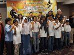 pecatur-junior-indonesia-berfoto-dengan-pb-percasi-sebelum-berangkat-ke-bangkok.jpg
