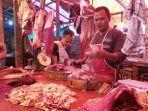 pedagang-daging-sapi-potong-di-pasar-anyar-tangerang-1.jpg