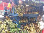 pedagang-pisang-uli_20180519_163740.jpg