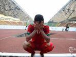 pemain-timnas-indonesia-saddil-ramdani-menangis-haru_20181102_152817.jpg