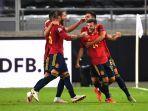 pemain-timnas-spanyol-merayakan-kemenangan-6-0.jpg