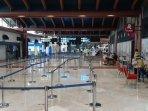 pemandangan-terkini-terminal-2-bandara-soekarno-hatta-lengang.jpg