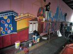 pembuatan-mural-di-jalan-jatinegara-barat-1.jpg