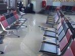 penerapan-social-distancing-di-bandara-2.jpg