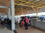 peningkatan-jumlah-penumpang-di-terminal-bus-jatijajar-tapos-kota-depok-kamis-2342020.jpg