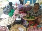 penjual-bawang-di-pasar-induk-kramat-jati.jpg