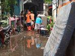 perabotan-terendam-banjir-rob.jpg