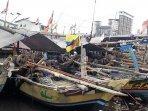 perahu-nelayan-bersandar-di-cilincing.jpg