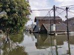 periuk-tangerang-banjir-35-meter-3.jpg<pf>periuk-tangerang-banjir-35-meter-2.jpg<pf>periuk-tangerang-banjir-35-meter-4.jpg<pf>periuk-kebanjiran.jpg<pf>periuk-tangerang-banjir-35-meter.jpg