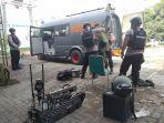 personel-detasemen-gegana-polda-banten-yang-mengamankan-diduga-bom-kamis-28112019.jpg