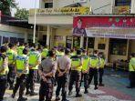 personel-kepolisian-melakukan-cek-kesiapan-pengamanan-pemilu.jpg