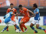 pertandingan-8-besar-piala-indonesia-2018-antara-borneo-fc-kontra-persib-bandung.jpg