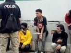 polisi-mengamankan-sejumlah-mahasiswa-pukul-1600-wib.jpg