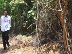 presiden-joko-widodo-berjalan-di-kawasan-hutan-saat-meninjau-salah-satu-lokasi-calon-ibu.jpg