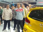 presiden-joko-widodo-menghadiri-ajang-indonesia-international-motor-show-iims_20180419_115527.jpg